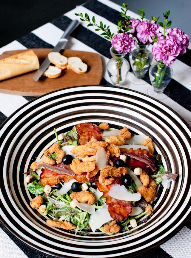 Me encanta ponerla en una bandeja grande y hacer un buffet de ensaladas con distintas opciones