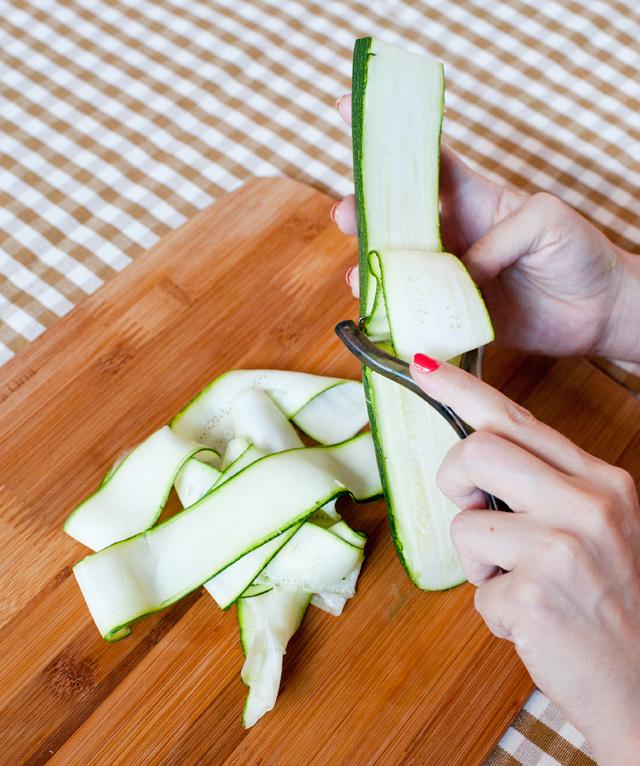 Cómo cortar el calabacín en carpaccio