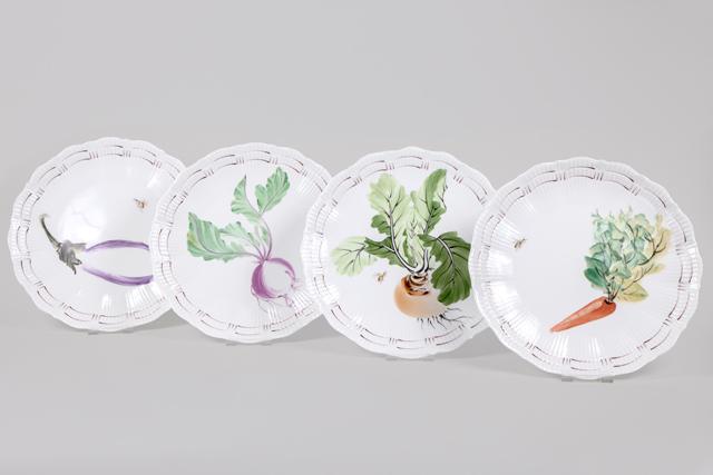 Vajilla con motivos de verduras